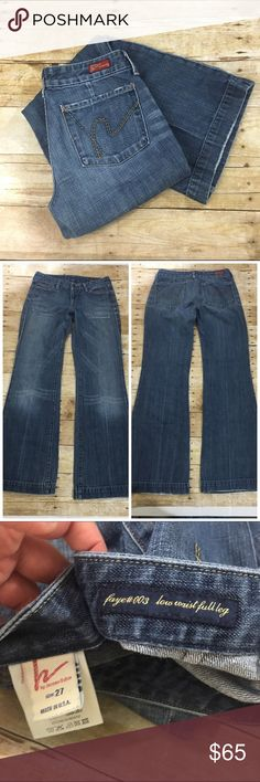 "COH Faye full leg jean Good used condition no stains or tears inseam is 31"" Minor rubbing on bottoms as shown in last photo but it looks natural - offers welcome, bundle 2 or more items in my closet using the ""bundle"" feature and receive 15% off of your total purchase! Citizens of Humanity Jeans Flare & Wide Leg"