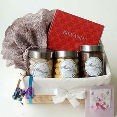 Eid hamper by Anne Leissly Box Packaging, Packaging Design, Eid Hampers, Basket, Gifts, Wedding, Valentines Day Weddings, Presents, Favors