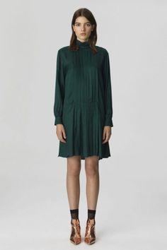 Grønn viskose kjole By malene Birger - Malene Birger, High Neck Dress, Luxury, Clothes, Collection, Dresses, Danish, Fashion, Environment