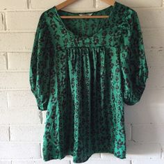 Tramp Tops - [Tramp] Green & Black Floral Billowy Blouse