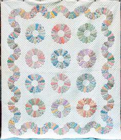 Outstanding Vintage 30s Feedsack Dresden Plate QUILT Vining Border ... : marie miller quilts - Adamdwight.com