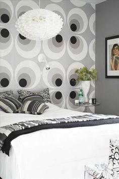 I sovrummet en kombinerad   arbetsplats och   förvaringsbänk,   Arctic från Voice furniture, R.o.om. P...
