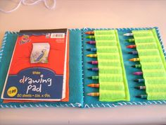 RobbyGurl's Creations: Sketchbook Caddy - Clever idea. There are a LOT of pictures of the steps.