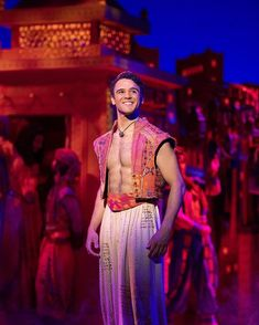 Clinton Greenspan as Aladdin Aladdin Musical, Aladdin Broadway, Musical Theatre Broadway, Broadway News, Musicals Broadway, Broadway Costumes, Theatre Costumes, Drama Stage, Aladdin Costume