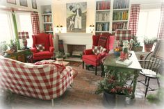 Tilling by the sea - So much to love! Checked couch, plaid pillows and lamps! Cottage Living, Cottage Chic, Home And Living, Cottage Style, French Decor, French Country Decorating, French Country Living Room, Country French, Christmas Living Rooms