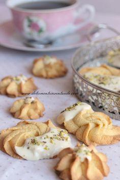 Biscotti di frolla montata senza glutine alla farina di mais e quinoa