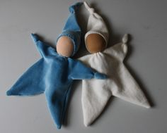 Knotted dolls   I have been busy making a few dolls lately. These two above have already found new homes. Loving that soft pink velour. ...