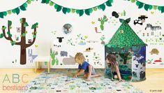 子ども向けの絵本とはいえ、その世界観に引き込まれるすばらしい作品がたくさんありますよね。  今回ご紹介するのは、フランスの女性作家 ジャニック・コアトさんが森の …