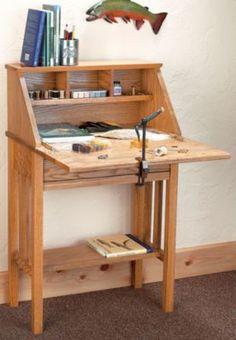 Cabela's Fly-Tying Desk