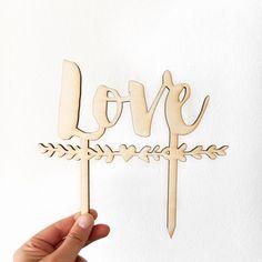 Cake Topper Love, wedding laser cut, scritte di legno per matrimonio