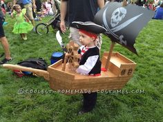 Coolest Wearable Pirate Ship Costume, Matey!... Could also be adapted for wheelchairs :)