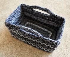 Ravelry: Rectangular Diamond Trellis Basket by Esther Chandler