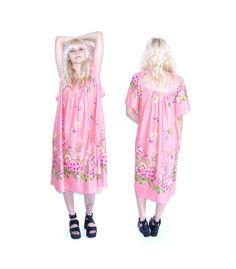 1970s Pink Floral Vintage MUUMUU Size Large Summer by ACTUALTEEN, $26.00 Muumuu, 1970s, Teen, Summer Dresses, Trending Outfits, Handmade Gifts, Floral, Pink, Vintage