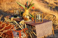 african tablescape Warm Autumn, Fall Weather, Tribal Prints, Place Settings, Looking Stunning, Tablescapes, Centerpieces, African, Texture