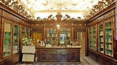 World's oldest pharmacy & cosmetics store in Florence! http://www.cnn.com/2015/03/27/travel/florence-apothecary/… @FirenzeTurismo @VisitTuscany @Italy_it