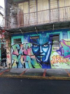 Street art en Guadeloupe : 10 oeuvres jolies et colorées Street Art, Les Oeuvres, Painting, Inspiration, Mural Wall, How To Paint, Paintings, Kunst, Biblical Inspiration
