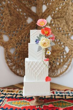 Wedding Cake Ideas modern southwest inspired wedding cake, boho wedding ideas, bohemian wedding trends - Need a little unexpected texture into your alternative wedding day? This Cacti Love You Wedding Inspiration has just the element you are looking for! Square Wedding Cakes, White Wedding Cakes, Beautiful Wedding Cakes, Gorgeous Cakes, Cake Wedding, Wedding Cake Decorations, Wedding Cake Designs, Floral Decorations, Wedding Trends
