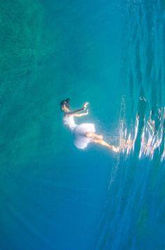 Liquid Dreams est un projet personnel du photographe italien Adolfo Maciocco, mettant en scène desballerines et des danseurs dans des photographies sous-mari