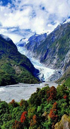 New Zealand Travel Inspiration - Franz Josef Glacier, South Island , New Zealand Nz South Island, New Zealand South Island, Visit New Zealand, New Zealand Travel, Places To Travel, Places To See, Franz Josef Glacier, New Zealand Adventure, New Zealand Landscape