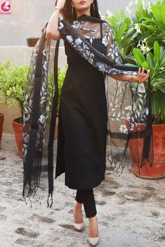 Buy Black Organza Handpainted Floral Stole Online in India Kurta Designs, Kurti Designs Party Wear, Lehenga Designs, Plain Kurti Designs, Indian Gowns Dresses, Indian Fashion Dresses, Dress Indian Style, Fashion Outfits, Fashion Styles