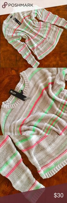 APT. 9 Beautiful sweater 🌴 Apt. 9 Sweaters