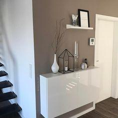 Pin by Ania Kiersznowski on moje diy in 2019 Condo Decorating, Hallway Decorating, Condo Design, House Design, Living Room Designs, Living Room Decor, Flur Design, Cama Box, Moving Home