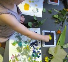 Flower Printing with the Childrens Art Group