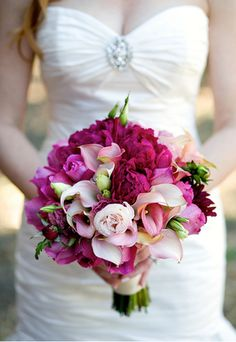 hot pink wedding bouquet, with some changes needed