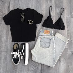 Summer outfit with jeans - Mode outfits Outfit Jeans, Jeans Outfit Summer, Summer Jeans, Cute Casual Outfits, Cute Summer Outfits, Sporty Outfits, Casual Summer, Summer Clothes, Simple Teen Outfits