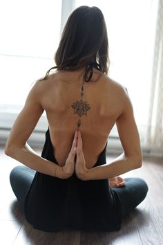 Tattoo, Yoga Credit photo : Louis-Charles Bourgeois