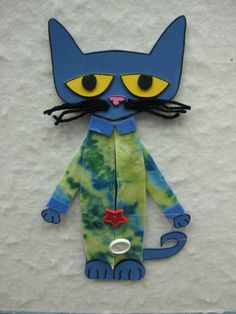 Read It Again!: Flannel Friday: Pete the Cat and his popping buttons.  This flannel idea makes Pete's buttons actually pop off with clever use of fishing wire.