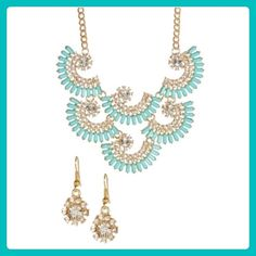 🚨Clearance!🚨 🌟Mint Fan Necklace & Earrings Set! ✨Gorgeous Mint Fan Necklace & Earring Set! This necklace is absolutely elegant & comes with matching earrings! Very classy piece to wear with low neckline attire. Has 6 fan shape connected pieces with mint colored stone & clear crystals! This necklace is also nickel & lead free. I only have three of these beauties so get one quick!✨ T&J Designs Jewelry Necklaces