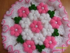 How to make easy & simple beautiful/unique rangoli designs Crochet Puff Flower, Crochet Daisy, Crochet Flower Tutorial, Crochet Wool, Crochet Flower Patterns, Crochet Blanket Patterns, Crochet Doilies, Crochet Flowers, Crochet Baby Booties