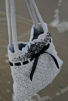 Grey Crochet Purse Instant download PDF von PatternsbyMarianneS