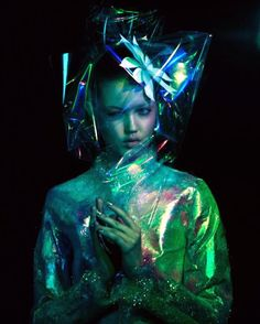 """Lindsey Wixson for """"A-Z of Wink!"""" by Beto Cabrera Lindsey Wixson, Cyberpunk, Space Fashion, Fashion Design, Les Aliens, Art Photography, Fashion Photography, Inspiration Artistique, Portraits"""
