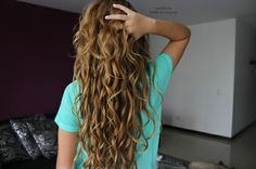 I wish my naturally curly was like this but it's not