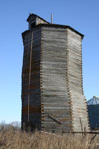 Octagonal wooden silo, Rural Municipality of De Salaberry, MB