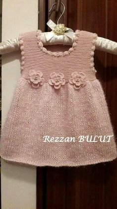 """diy_crafts- """"Knit dress - simple, sweet, lovely ~~ Garter bodice, stockinett skirt, finished with crochet puff stitch edging and 3 crochet flow Knitting Baby Girl, Knitting For Kids, Crochet Baby, Knitted Baby, Baby Knits, Girls Knitted Dress, Knit Baby Dress, Baby Dress Patterns, Baby Knitting Patterns"""