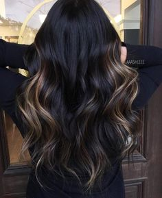 Black Hair With Highlights, Hair Color For Black Hair, Brown Hair Colors, Hair Highlights, Dark Hair, Balyage For Black Hair, Dark Ombre Hair, Color Highlights, Brown Hair Balayage