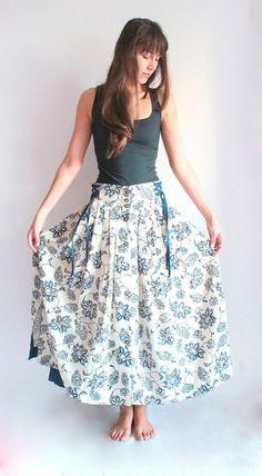 Dirndl Vintage Chintz Skirt Beige with Blue Flowers