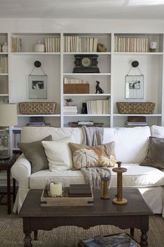 Inspiration Gallery Link Party 10.29. Living Room BookshelvesStyling ...