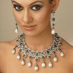 magnificent emerald and diamond necklace set with pearl drops