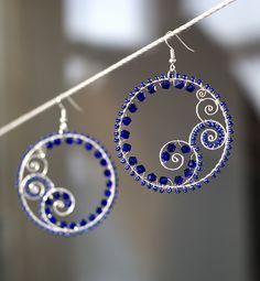 Wire wrapped earrings ~ Inspiration only Metal Jewelry, Beaded Jewelry, Handmade Jewelry, Jewellery, Handmade Wire, Women's Jewelry, Earrings Handmade, Silver Jewelry, Silver Rings