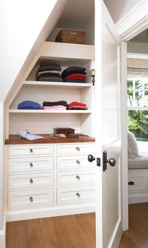 Built in dresser and closet shelves under the stairs | OrganizingMadeFun.com. This would be great for our bedroom renovation!