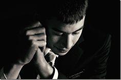 missionary-elder-praying-788723-wallpaper