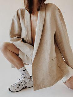 Mar 2020 - Nehera Linen Blazer, Nehera Linen Shorts , Nike Socks , New Balance 530 Trainers Everyday Look, Everyday Fashion, Linen Blazer, Linen Shorts, Facon, Minimalist Fashion, Spring Fashion, What To Wear, Street Wear