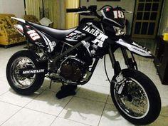 stiker decal klx 150 / decal dtracker 150 custom ini adalah hasil jadi stiker decal klx 150 / decal dtracker 150 custom yang di pesen dari agan fb : janx d luffy , fanpage fb : motocross merch , gr...