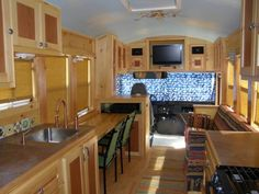 Rv/ bus conversion/tiny house on
