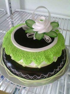Pretty Cakes, Beautiful Cakes, Amazing Cakes, Cake Decorating Piping, Cake Decorating Tutorials, Candy Cakes, Cupcake Cakes, Foto Pastel, Single Layer Cakes