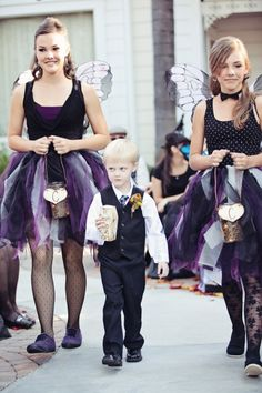 Flower girls and boy. I love the ring box the little boy has